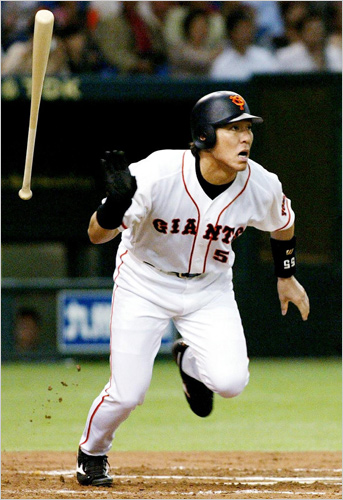 Should Hall of Famer voters toss away Matsui's 10 seasons in Japan? (Photo: